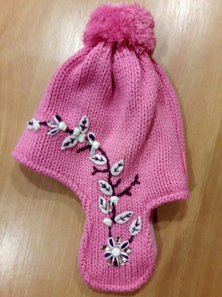 Зимняя шапочка для девочки розовая, вязка