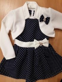 Нарядное платье в горошек с болеро для девочки